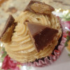 Recipe: Chocolate Cupcakes with Peanut Butter Icing