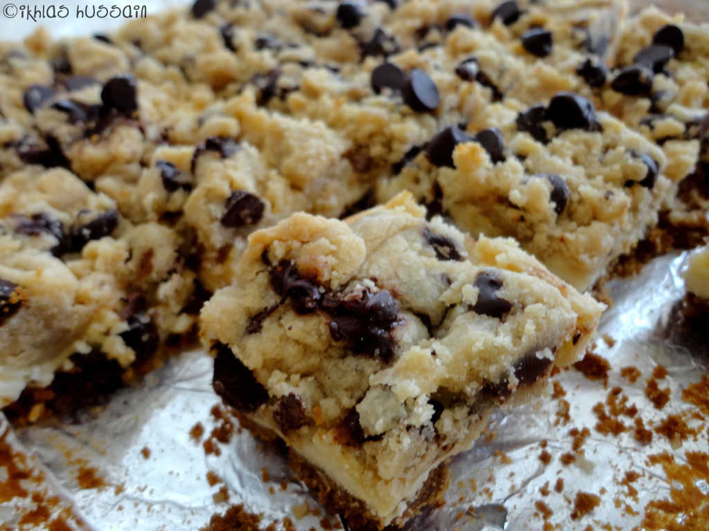 Recipe: Chocolate Chip Cookie Dough Cheesecake Bars - The ...