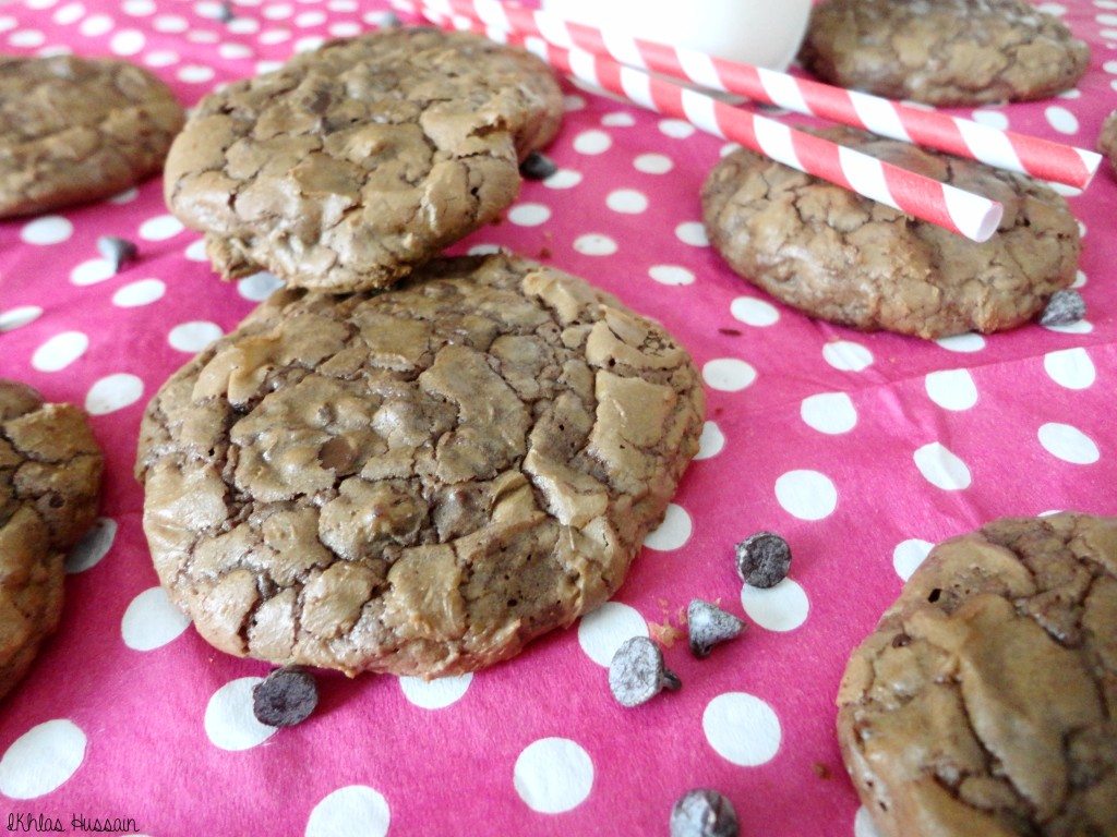 Crinkly Chocolate Cookies
